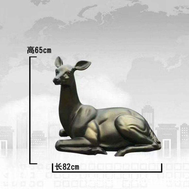 玻璃钢仿铜小鹿雕塑,公园草坪小鹿仿铜雕塑